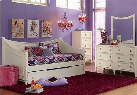 olivia 3 pc daybed bedroom rooms to go kids kids shop for a jaclyn place 3 pc daybed bedroom at rooms to go
