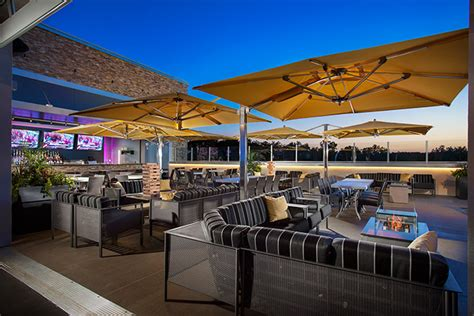 topgolf overland park the ultimate in golf food