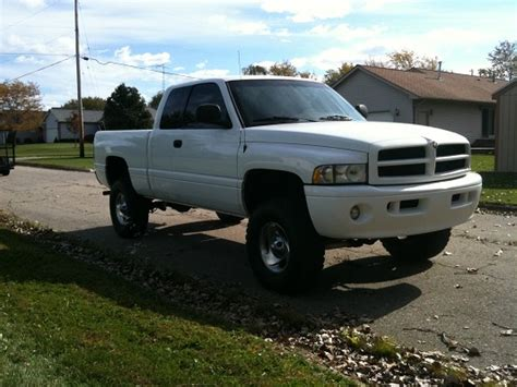 1999 dodge ram 1500 4x4 lifted on xd 20 s and 38 s needs engine work 1999 dodge ram 1500 sport 4x4 7 500 or best offer 100336552 custom lifted truck classifieds
