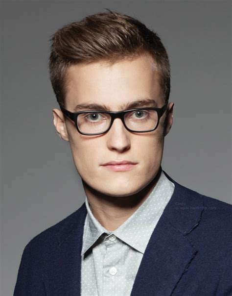 haircuts for guys with glasses with side on spec our favorite haircuts for with glasses