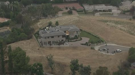 chris brown s tarzana home is robbed by up to 5 while