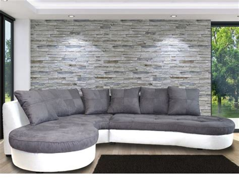 canapé angle gris et blanc cevelle com papier peint motif tropical