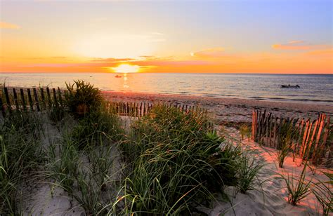 cape cod a list file sunset on cape cod bay jpg wikimedia commons