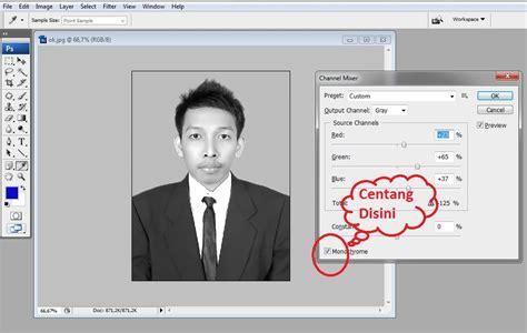 membuat foto menjadi hitam putih  photoshop