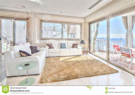 landhaus wohnzimmermöbel exlusive wohnzimmer im landhaus modern stockbild bild