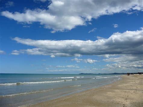 delle marche rimini panoramio photo of il mare di rimini e i primi profili
