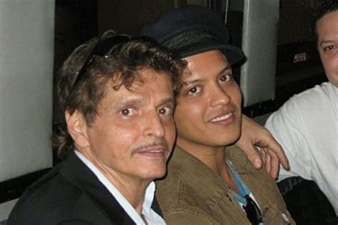 bruno mars biography mother see bruno mars with his dad peter hernandez