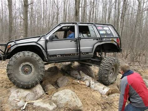 monster jeep cherokee monster jeep grand cherokee zj 4x4 rock crawler bogger