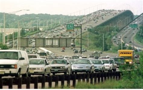 Gardens Bridge Nj by Dies In Jump From Garden State Parkway Bridge