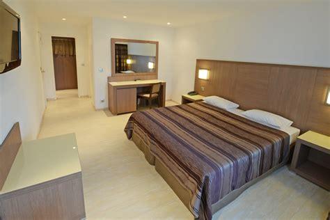 chambres d h 244 tel 224 calvi dormir 224 calvi