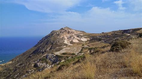 lade vulcano hiking the volcano of milos alternatrips