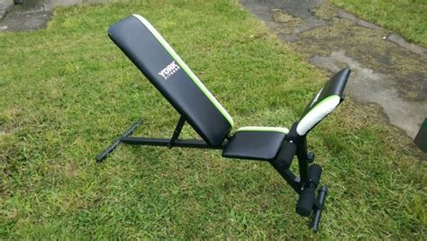 york workout bench york fitness bench for sale 28 images york diamond narrow stance bench sweatband