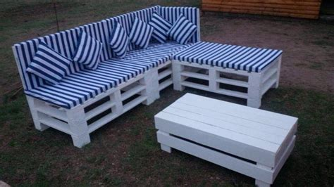 how to make a sofa from pallets outdoor pallet sectional sofa pallet furniture diy