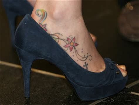 tattoo pain on your side do tattoos on the side of your foot hurt