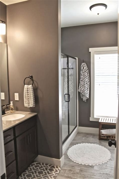 Small Bathroom Color Ideas Pictures by Popular Small Bathroom Colors Small Room Decorating