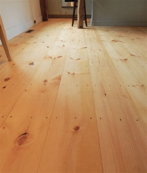 Knotty Pine Wood Flooring Wide Pine Plank Flooring