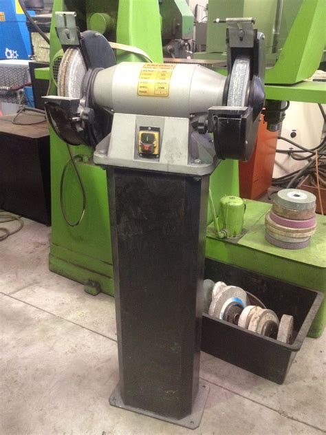 what is a bench grinder using bench grinder 28 images dewalt dw758 8 inch bench grinder power bench