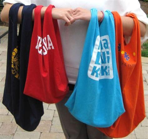 T Shirt Traveling Indonesia Tees80 manfaatkan baju traveling yang sudah usang melalui 5