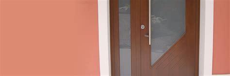 portoncini d ingresso in legno realizzazione portoncini d ingresso porte