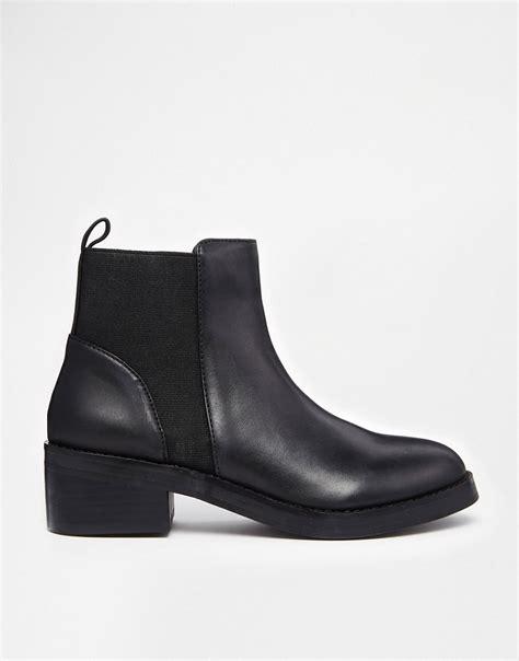 madden chelsea boot steve madden steve madden shrill black chelsea boots at asos