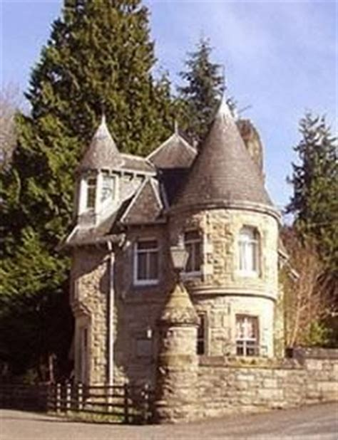 Cottage Castle by 1000 Images About Sweet Cottages On Storybook