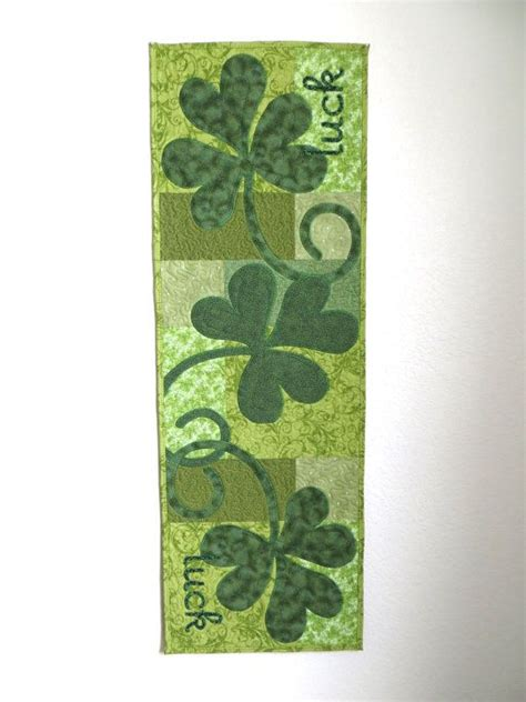 s day table runner 267 best sewing for st patricks day images on