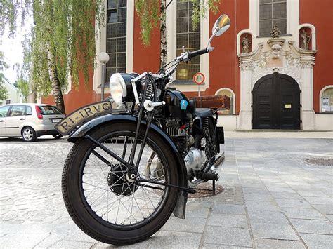 Triumph Motorrad Museum by Triumph Alle Modelle Fotos Fahrzeugbilder De