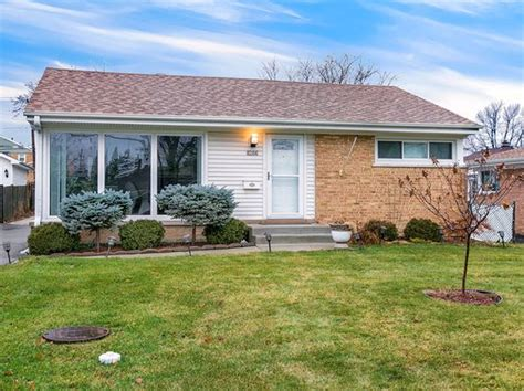 Niles Houses For Sale by Niles Real Estate Niles Il Homes For Sale Zillow