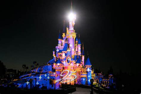 disneyland celebrates its 25th anniversary with the best show daily