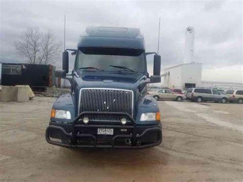 2002 volvo truck volvo vnl660 2002 sleeper semi trucks