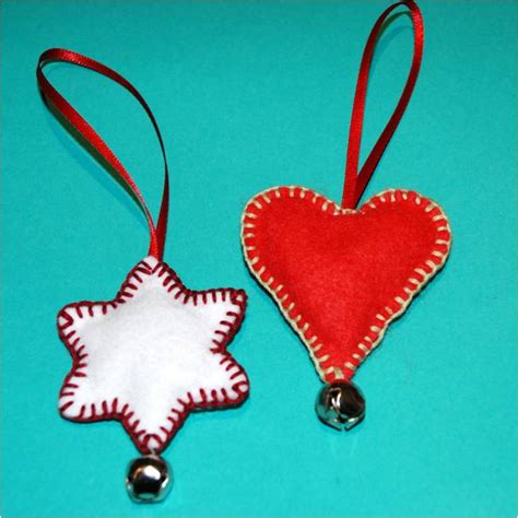 easy felt christmas ornaments fun family crafts