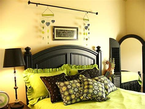 black white and yellow bedroom ideas in color july 2010