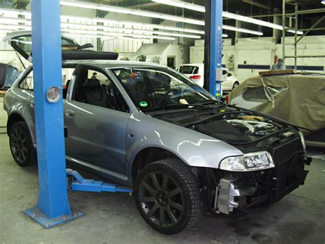 Audi Rs4 Unfall by Audi Rs4 Autolackier Und Unfall Center M 246 Ller