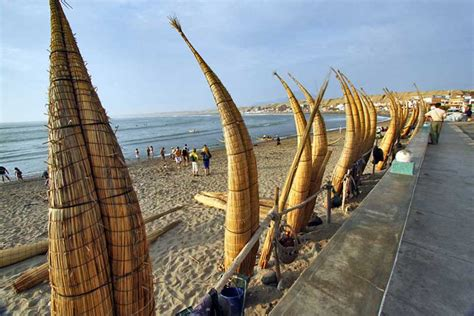PHOTO: Beach at Huanchaco, near Trujillo, Peru