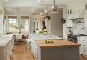 Design For Farmhouse Renovation Ideas Friday Favorites Farmhouse Kitchens House Of Hargrove