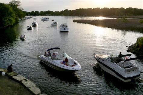 boat dealers minnetonka mn state of boating minnesota has powered up startribune