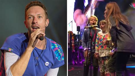 apple martin and chris martin all in the family see chris martin s apple moses
