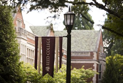 Reed College Admissions Essay by Reed College Admission Essays