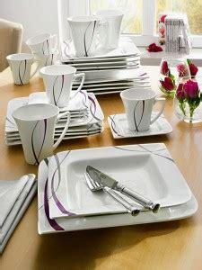 Beau Service De Table Complet Moderne #2: Style-moderne-vaisselle-porcelaine-originale-forme-losange-bords-pointus-motifs-gris-violet-idC3A9es-dC3A9co-table-mariage-225x300.jpg