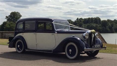 Wedding Car Oxford classic daimler limousine wedding car witney oxfordshire