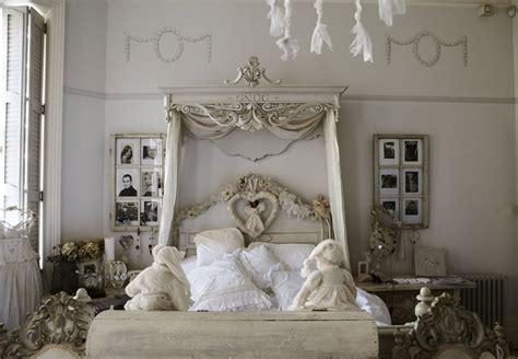 40 esempi di arredamento shabby chic per la camera da how to decorate a bedroom neverending changes modern