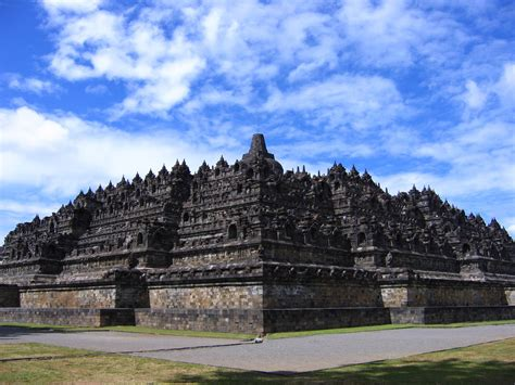 Lu Emergency Di Jogja borobudur temple historical facts and pictures the