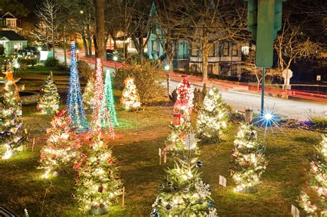 xmas lights eurekaca these 7 light displays in the ozarks are absolutely magical real estate