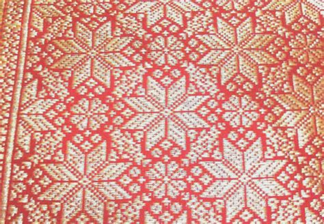 Songket Palembang Motif Lepus Rakam 1 traditional cloth of indonesia on indonesia sarongs and textiles