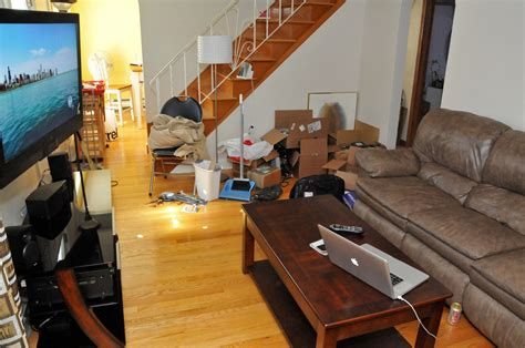 cluttered living room tips to keep your living room clutter free