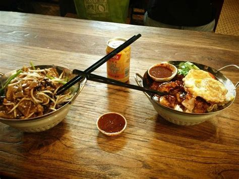 Link Mini Food by Mini Wok Dishes Picture Of Food Republic Singapore