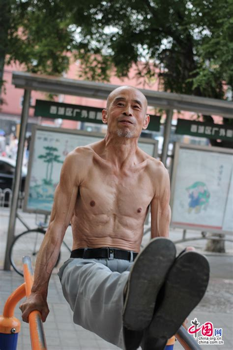 pictures of men 65 or over a 65 year old man builds himself into a muscular man