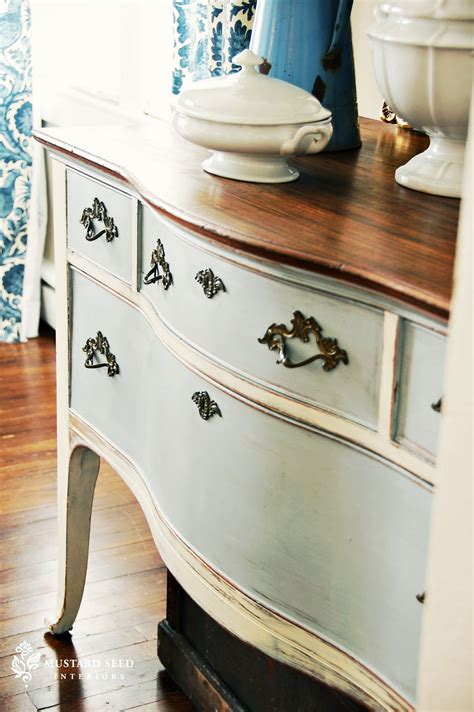 chalk paint  furniture  inspired room