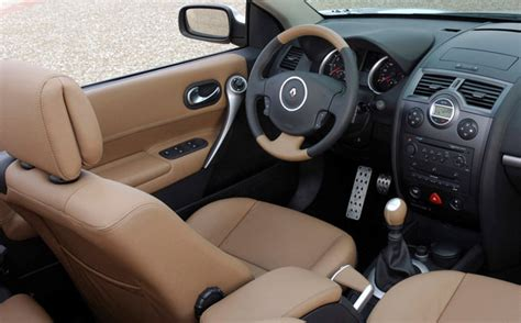 renault scenic 2005 interior renault megane cabriolet offers great driving experience