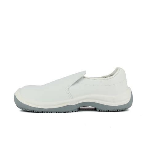 chaussures de cuisine pas cher chaussure de cuisine blanche pas cher homme 224 26 45 ht